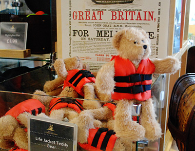 great_britain_lifejacket_bear